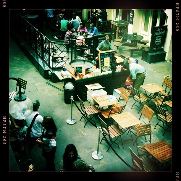 Cafe at the Covent Garden market
