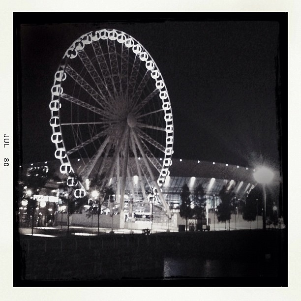 Wheel of Liverpool at night