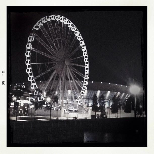 Wheel of Liverpool at night